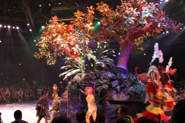 the festival of the lion king, tumble monkeys